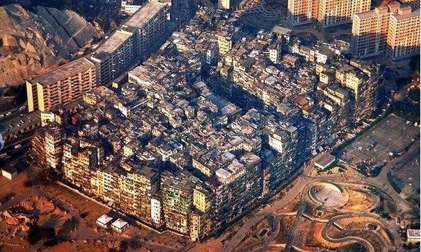 Пример жилых трущоб в современных мегаполисах