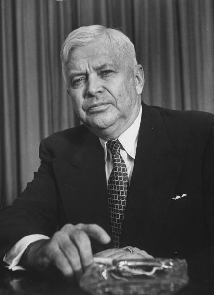 Президент американской корпорации «Дженерал Моторс» и министр обороны США Чарльз Вильсон